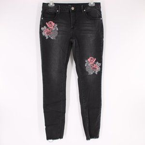 Romeo + Juliet Couture Embroidered Black Jeans M